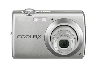 Nikon Coolpix S220 Digital Camera