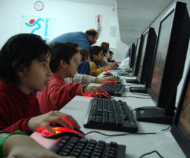 Advantages of Electronic Learning for Kids