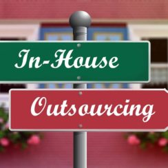 In-House vs. Outsourcing Software Development