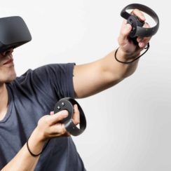 Oculus Rift VR Headset and Touch Controller Hand Held Controllers for VR Ready PCs
