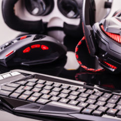 Best Gaming Accessories To Consider For Game Enthusiasts - Gaming Keyboard, Gaming Mouse and Gaming Headphones