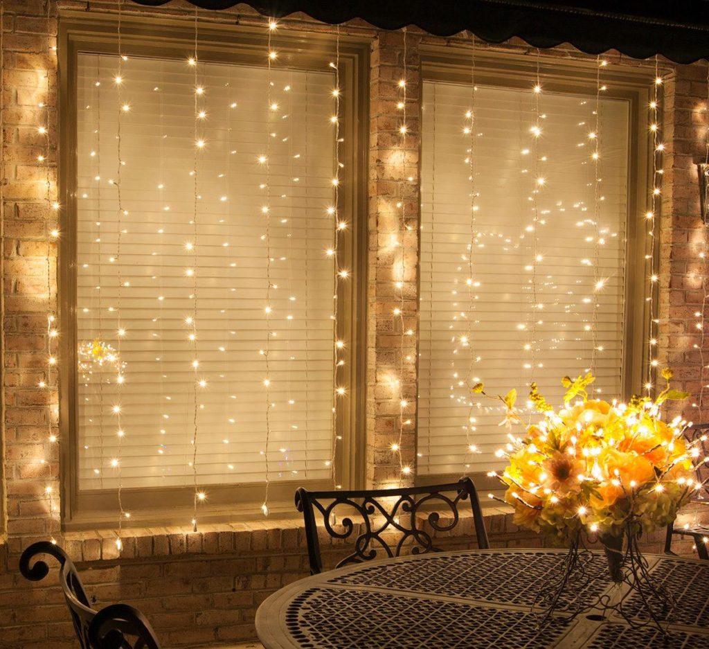 Curtain Lights: LED Mini String Light Curtains