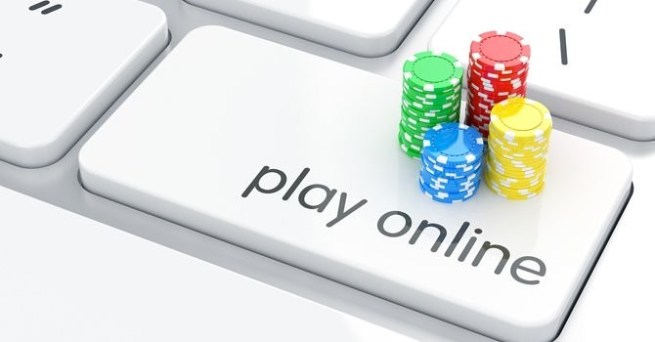 Play online casino games with cashback on every bet.
