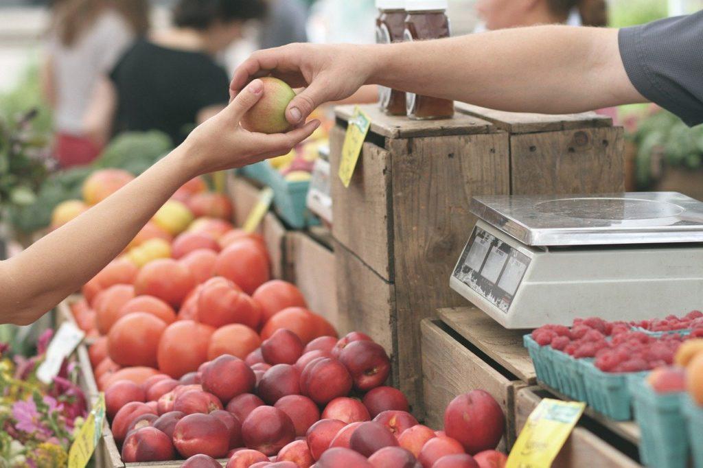 Apples, Farmers, Market, Business, Buy, Deal, Fruits.