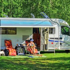 Recreational Vehicle (RV), Outdoor, Mobile Home.