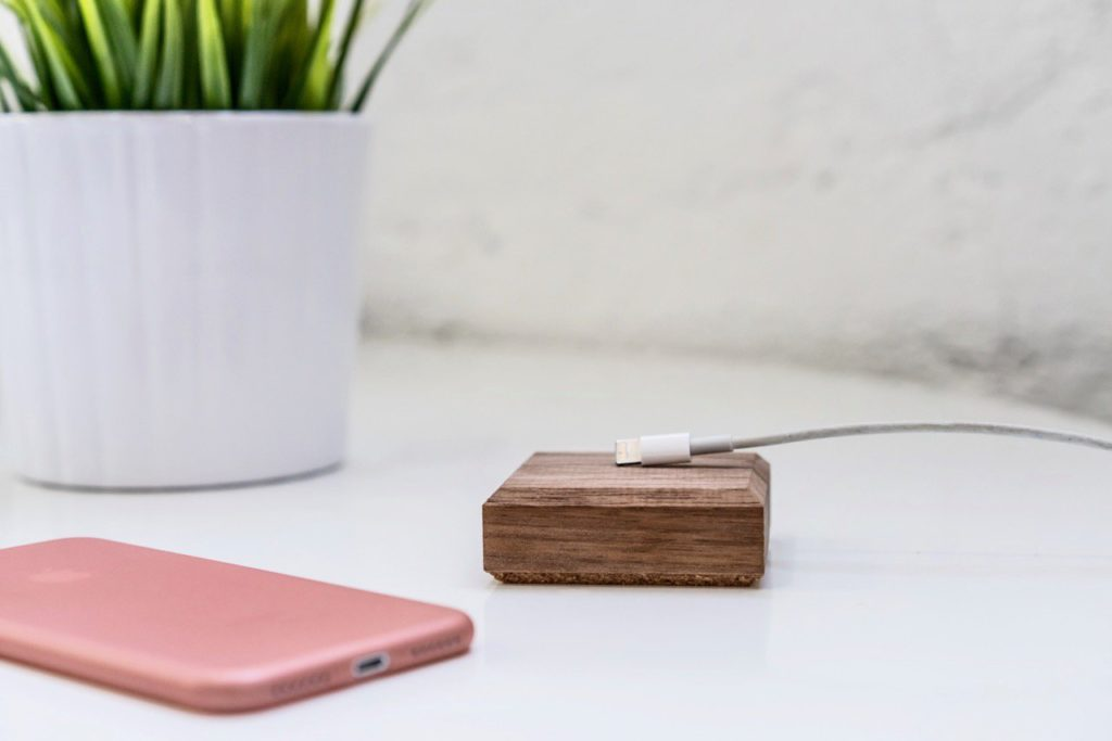 Peel Base Magnetized Wood Cable Tidy