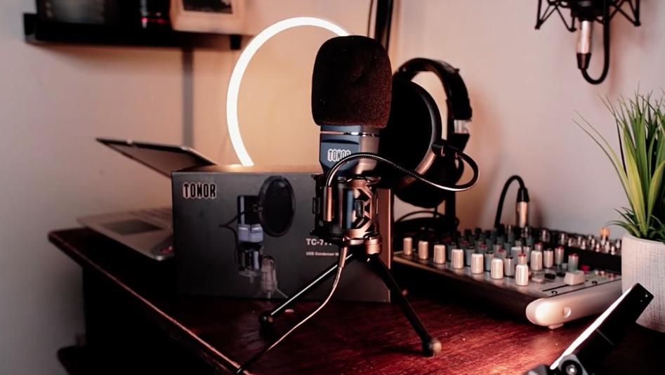 TONOR TC-777 USB Microphone.