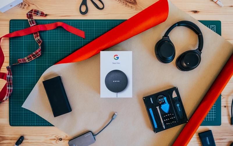 Google Nest Mini Voice Assistant Speaker.