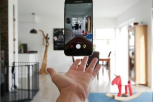 House Moves 101: Make A House Move With Your Smartphone