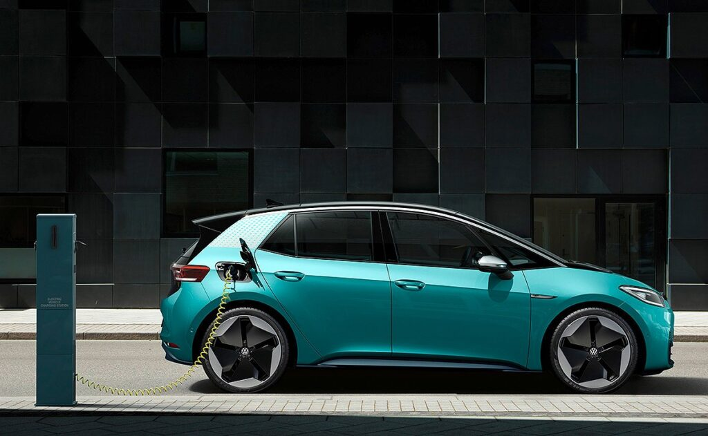 Volkswagen ID.3 Electric Car, Trending Technologies in the Automotive Industry in Future.