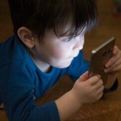 Boy Mobile Phone Addiction