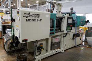 Niigata Plastic Injection Molding Machine