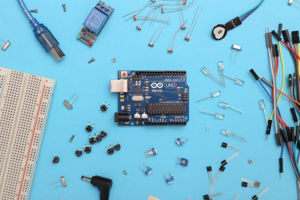 An arduino Uno Circuit Board.