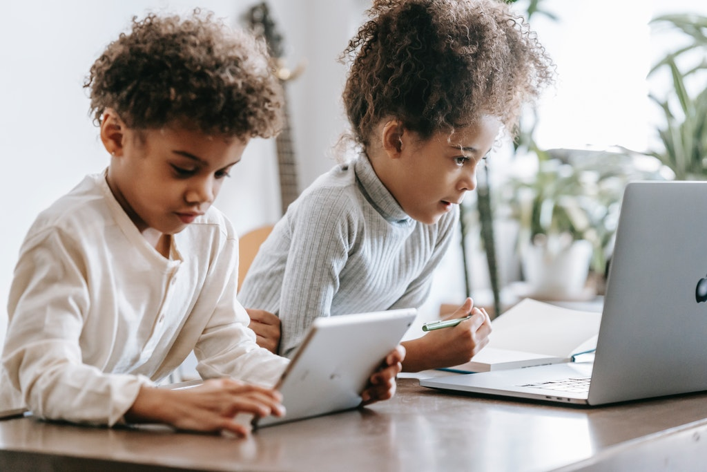 Kids and Gadgets- Laptop and Tablet
